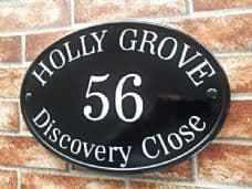 New World Oval House Sign – 368mm x 254mm; 14.5 inches x 10 inches